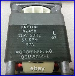 Dayton 4z458 Ac Gear Motor 115v. 32a 55 RPM Qgm-5055-1 New In Box